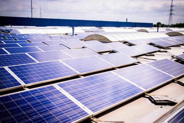 Zonnepanelen op het dak van Robberechts